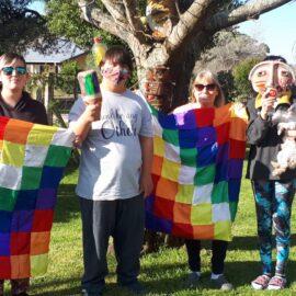 12 de Octubre DIA DEL RESPETO A LA DIVERSIDAD CULTURAL Con las chicas, chicos y familia estamos trabajando en el legado de nuestros aborígenes, reflexionando sobre nuestra historia y valorizando la interculturalidad.